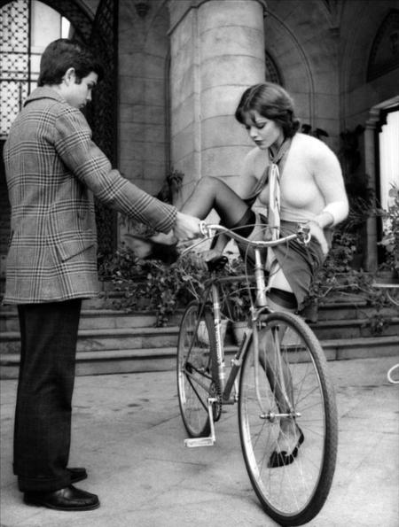 bicicletta-dnona-uomo-reggicalze