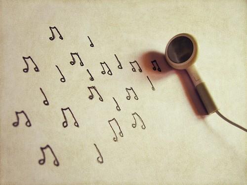 headset-cuffie-pentagramma-note